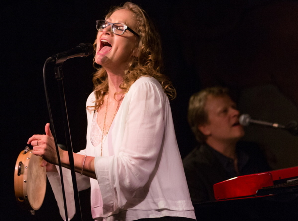 Joan Osborne Photo Credit David Andrako 2016_03_08_CafeCarlyle_08